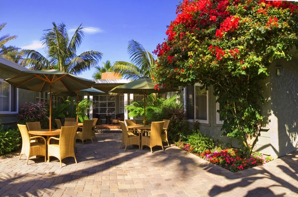 California Beach Hotels With Kitchens