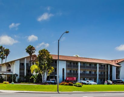 hotel-in-carlsbad-ramada-inn-by-the-sea_1
