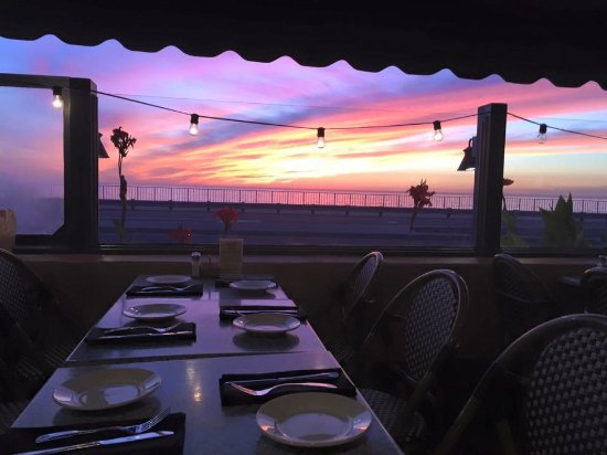 Sunset at Dinis Bistro Carlsbad